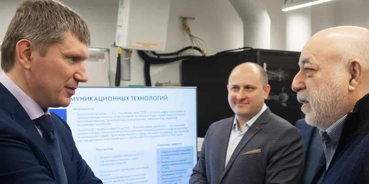 24 апреля 2021 года Сколтех посетил министр экономического развития РФ Максим Решетников. В ходе визита он побывал в 5G-лаборатории Центра компетенций НТИ по технологиям беспроводной связи и интернета вещей (ЦК…